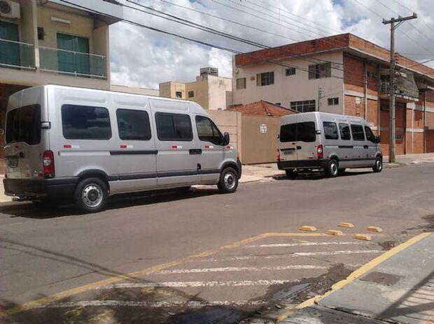 Justiça proíbe que vans façam transporte intermunicipal de passageiros
