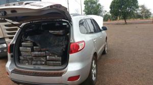 PRF encontra veículo abandonado com quase 1 tonelada de maconha