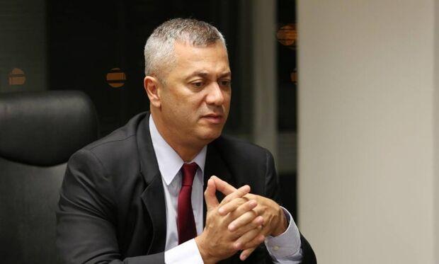 Demitido da AGU, Osório diz ter recebido orientações do governo para ficar de fora da Lava-Jato