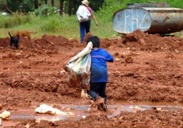 Governo lança sistema de monitoramento para combater trabalho infantil