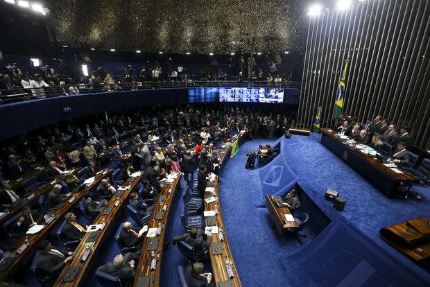 PSDB, DEM e PPS entrarão no STF contra manutenção de direitos políticos de Dilma