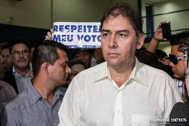 Justiça condena Bernal por propaganda irregular e proíbe distribuição de jornal
