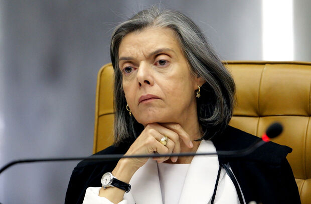 Cármen Lúcia quer que STF seja mediador na guerra fiscal entre estados