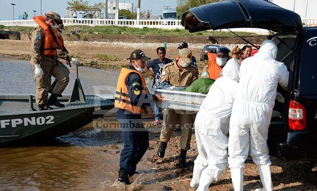 Corpo de homem que caiu de embarcação é resgatado após seis dias