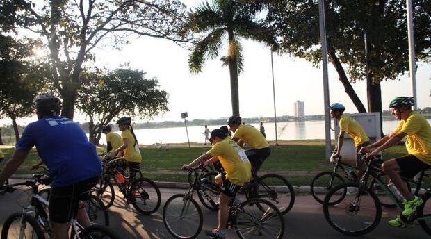 Ciclistas percorrem 10km em Três Lagoas por um trânsito mais seguro