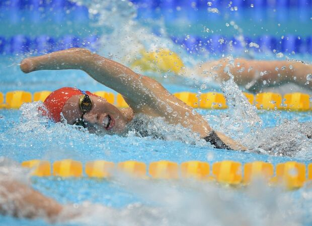Noite de natação paralímpica tem quebra de recordes e 3 medalhas para o Brasil