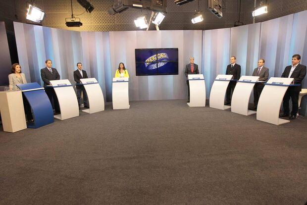 Em debate, Bernal 'cutuca' e Marquinhos fala em rever concessões do irmão Nelsinho