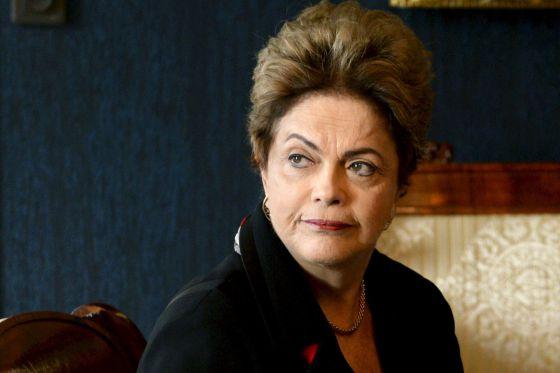 Defesa de Dilma defende votação fatiada do impeachment no STF