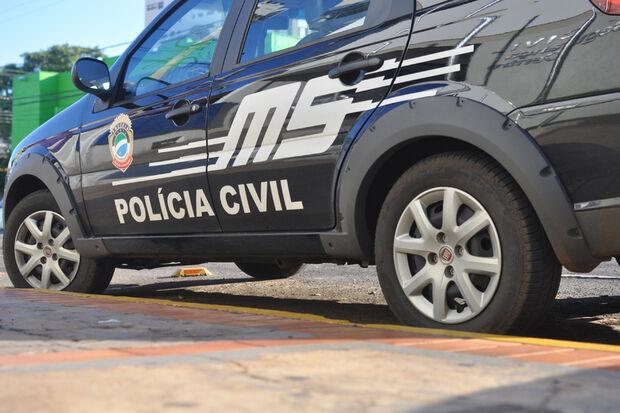Em plena manhã, dupla armada rouba carro de motorista no centro de Corumbá