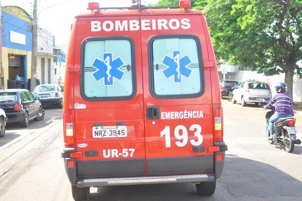 Jovem é baleado nas costas após ser acusado de furtar R$100