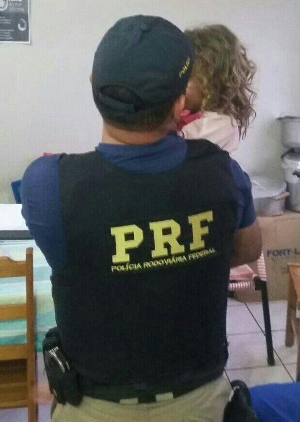 Embriagado, funcionário de fazenda 'rouba' criança e é preso por estupro de vulnerável