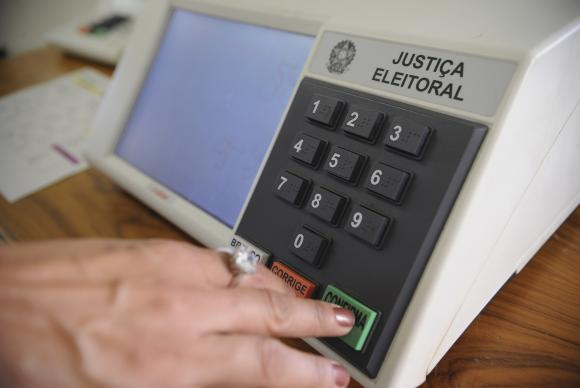 Escândalos de corrupção despertam desinteresse em eleitores