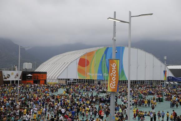 Público nas praças paralímpicas neste sábado é o maior da Rio 2016