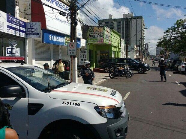 Corpo de Domingos Montagner é liberado do IML em Aracaju
