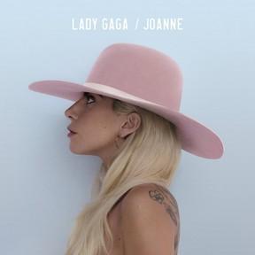 Lady Gaga disponibiliza nome de canções de seu novo álbum