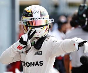 Líder do Mundial de F-1, Hamilton sai na pole no GP da Itália; Massa é 11º
