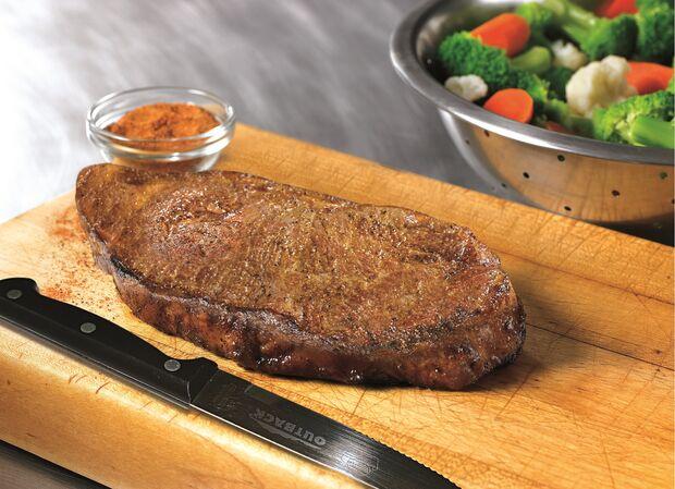 Cliente pode ganhar faca exclusiva do Outback durante o almoço