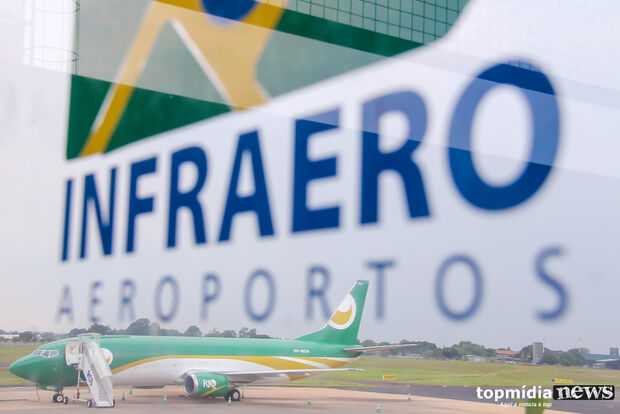 Aeroporto opera com oito voos nesta sexta-feira