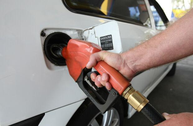 Preço dos combustíveis deverá seguir paridade internacional, diz Petrobras