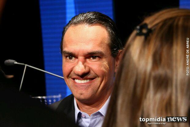 Athayde acusa Marquinhos de ser fantasma, que rebate: 'vai perder a boquinha'