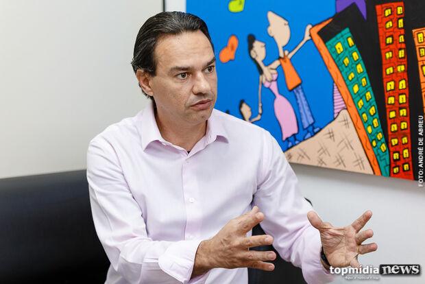 Marquinhos Trad é condenado e toma multa de R$ 18 mil por campanha irregular em feira livre