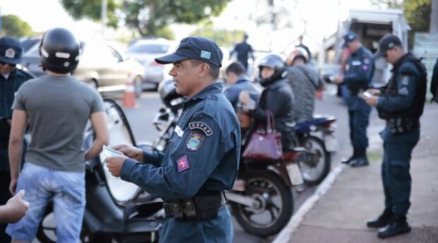 PM recupera 13 veículos e apreende mais de 200 kg de droga em Campo Grande