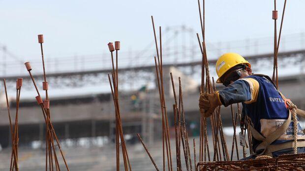 Em MS, população é contra flexibilização da jornada de trabalho no País