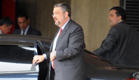 PT diz que prisão de Palocci foi eleitoral; para governistas medida era esperada