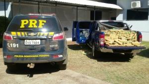 PRF apreende caminhonete roubada no RJ carregada com 1400 quilos de maconha na BR-463