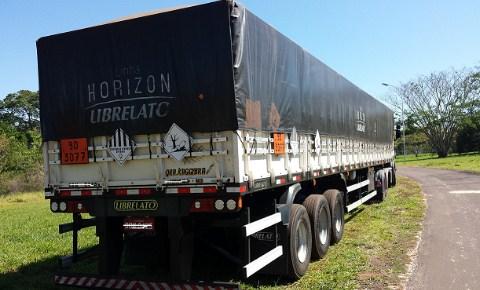 PMA apreende carreta com 28 toneladas de agrotóxico ilegal