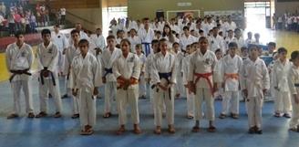 Estadual de Karatê deve reunir 300 atletas em Sidrolândia nesse domingo