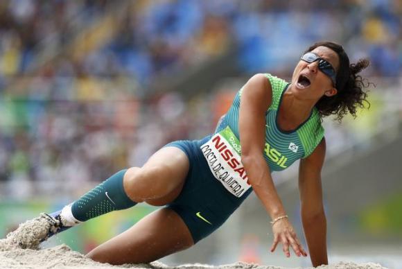 Brasil leva ouro e bronze no salto em distância feminino