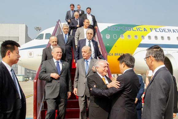 Temer diz que habilitação de Dilma para funções públicas é questão jurídica