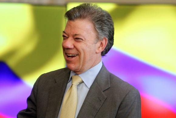 Santos dedica Nobel da Paz a colombianos e às vítimas do conflito com as Farc