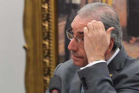Lava Jato investiga se Cunha aplicou dinheiro de propina em ações na bolsa