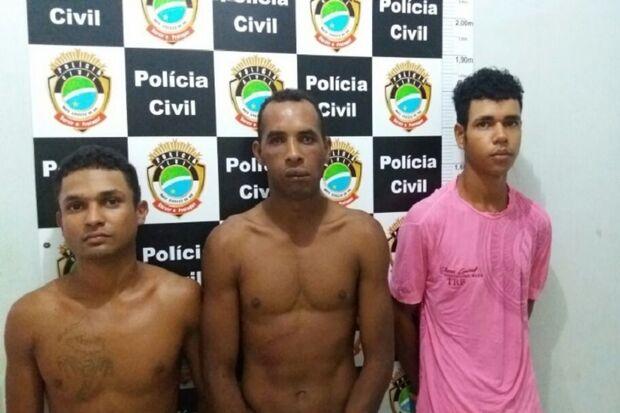 Polícia Civil prende trio por suspeita de tráfico de drogas, em Sonora