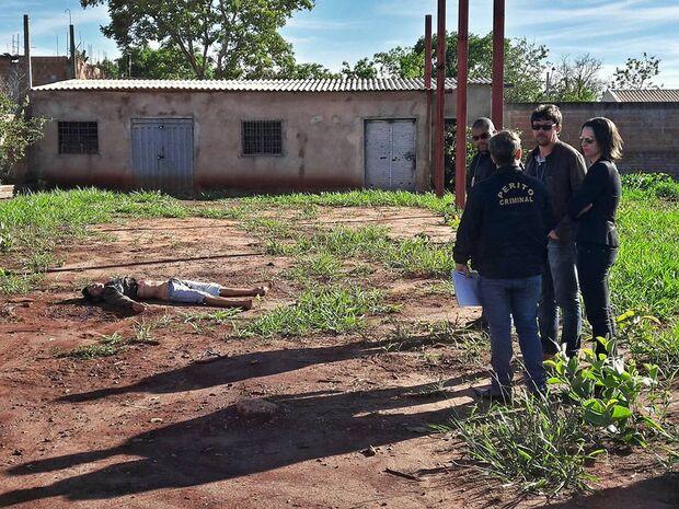 Morte brutal: adolescente leva seis facadas e é atropelado em Campo Grande
