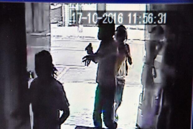 Com arma na mão, casal rende vítimas em assalto no centro de Nova Andradina