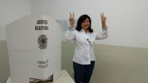 'Encontramos as portas abertas em todos os lugares', comemora Délia Razuk ao votar