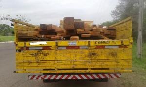 PMA apreende carga de madeira ilegal e multa empresa em R$ 1,2 mil