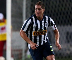 Santos estuda a contratação de zagueiro estrangeiro para 2017