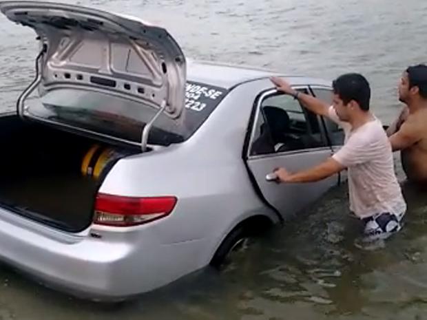 Defesa Civil confirma 'tsunami meteorológico' em Balneário Rincão