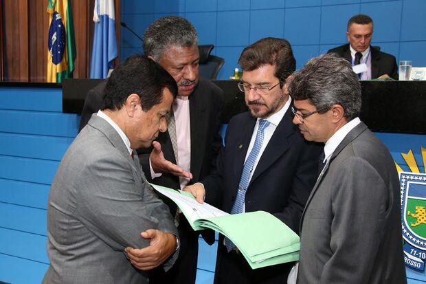 Deputados analisam quatro propostas nesta terça-feira na ALMS