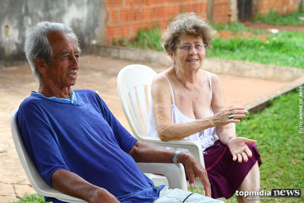 Reféns da criminalidade, moradores do Santa Luzia optam pelo 'toque de recolher'