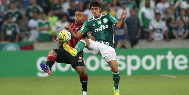 Derrota do Atlético-PR classifica o Palmeiras para a Libertadores