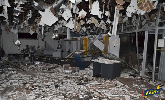 Seis meses após roubo e explosão, Banco do Brasil começa a ser reconstruído em Sonora