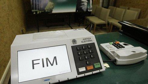 132 mil deixam de votar e abstenções neste domingo superam as do primeiro turno