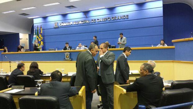 Vereadores analisam vetos de Bernal nesta terça-feira na Capital