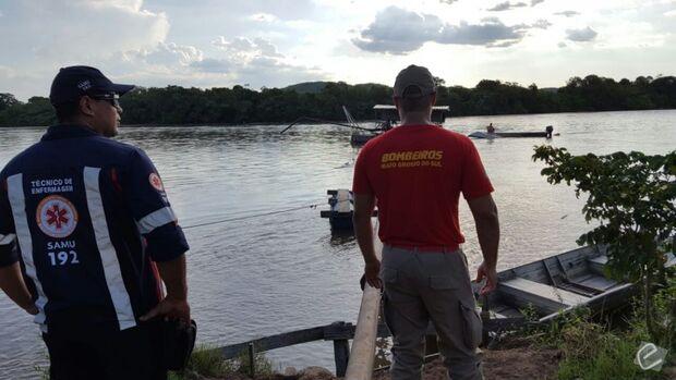 Jovem desaparece nas águas do rio Taquari ao cair de barco