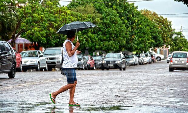Chuva cai em Corumbá e dá fim a três semanas de estiagem